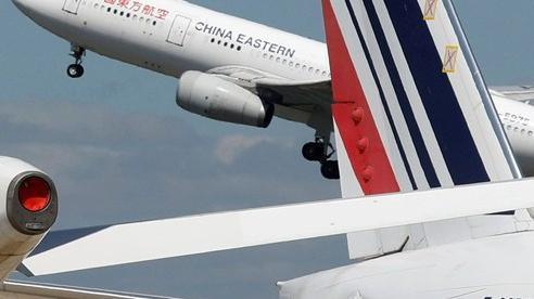 Trung Quốc 'xuống thang', Mỹ 'bớt căng', hàng không hai bên có cơ hội
