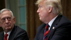 Tung 'đòn hiểm' đáp trả chỉ trích cựu bộ trưởng quốc phòng, Tổng thống Trump lại gây tranh cãi
