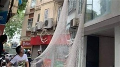 Cảnh sát giăng lưới truy bắt đối tượng trốn truy nã đặc biệt ở phố Núi Trúc