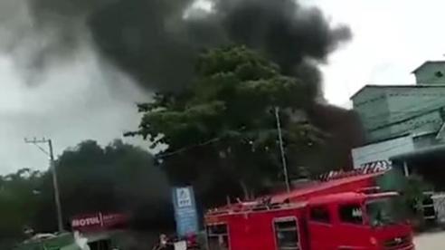 Xe bồn bất ngờ bốc cháy trong cây xăng ở An Giang khiến 3 người thương vong