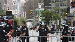 Thành phố New York gia hạn lệnh giới nghiêm