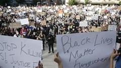 Thủ tướng Canada tham gia tuần hành chống phân biệt chủng tộc