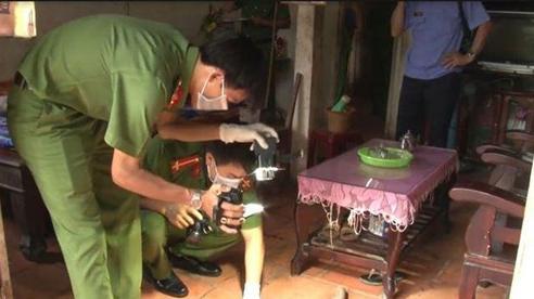 Phát hiện cặp vợ chồng tử vong bất thường trong căn nhà khoá trái cửa ở Tuyên Quang