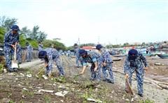 Bộ đội Hải quân: Giữ cho không gian biển mãi xanh
