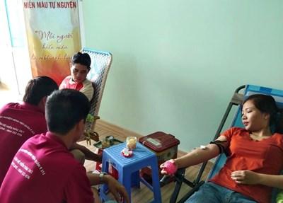 Nữ y sĩ 20 lần hiến máu tình nguyện