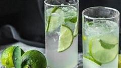 Nước chanh sẽ thành 'thuốc độc' nếu bạn cứ uống bừa để giải khát