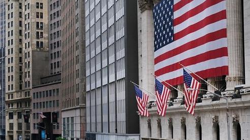 NABE: Kinh tế Mỹ sẽ trải qua thời kỳ suy thoái tồi tệ nhất trong hơn 70 năm, thâm hụt ngân sách kỷ lục