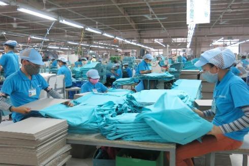 Chống dịch Covid-19 thành công, kinh tế Việt Nam khởi sắc trở lại
