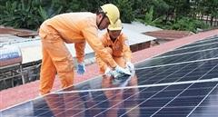 Đẩy mạnh phát triển điện mặt trời mái nhà ở Tây Nam Bộ