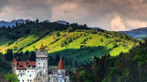 Khám phá thế giới: TOP 7 điểm đến mê hoặc nhất Đông Âu