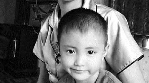 Tìm thấy thi thể bé trai trong nhà hoang sau 2 ngày mất tích