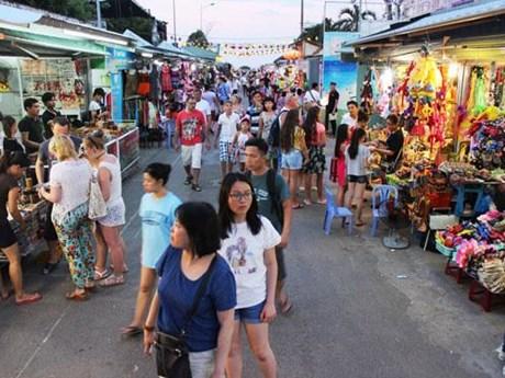 Cải tạo, sắp xếp lại phố đi bộ Nguyễn Thi ở thành phố Nha Trang