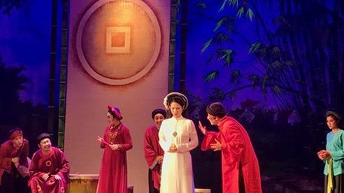 Sân khấu Lệ Ngọc đưa Thị Nở, Chí Phèo chinh phục khán giả phía Nam