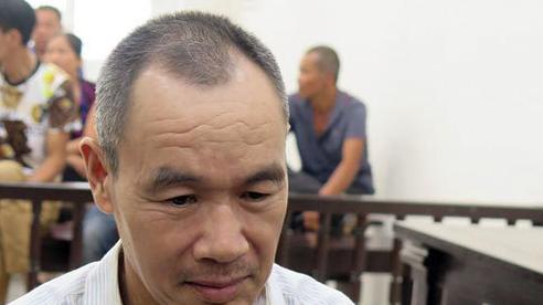 Cha giết con trai ở Hà Nội, vứt lại tờ bố cáo trên xác