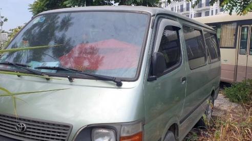 Hà Nội: Một học sinh lớp 4 bị bỏ quên trên xe đưa đón do ngủ quên