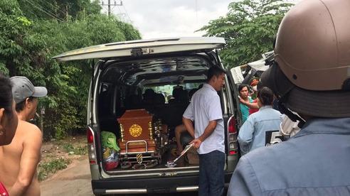 Bình Dương: Thêm một bé trai 4 tuổi tử vong thương tâm vì lọt xuống cống khi tắm mưa