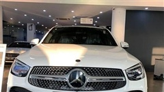 Vừa ra biển, đại gia Việt bán luôn Mercedes-Benz GLC lỗ 300 triệu vì đỗ xe không vừa sân nhà