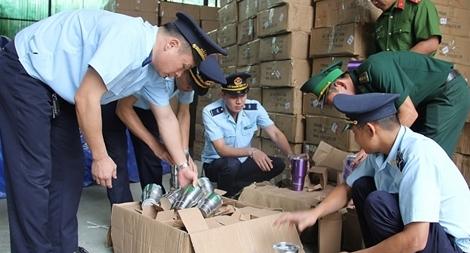 Lạng Sơn bắt giữ, xử lý 2.133 vụ hàng cấm, hàng lậu