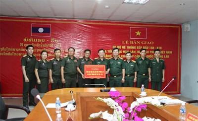 Tổng cục Hậu cần trao 5 bộ bếp dầu 150-K18 tặng Quân đội nhân dân Lào