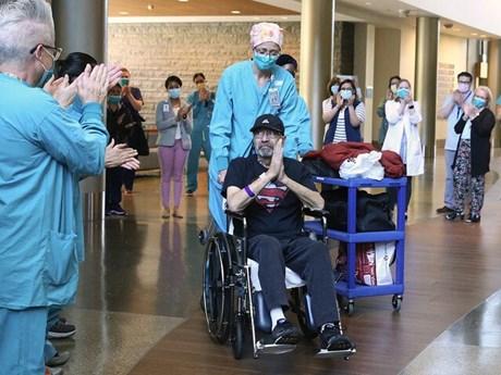 Bệnh nhân COVID-19 nhận hóa đơn viện phí lên tới hơn 1,1 triệu USD