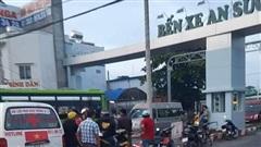 Truy bắt đối tượng đâm chết tài xế ô tô công nghệ trước cổng bến xe ở Sài Gòn
