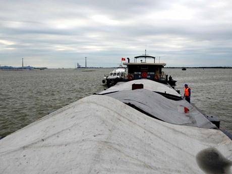 Hải Phòng: Tạm giữ tàu chở 1.500 tấn than không rõ nguồn gốc