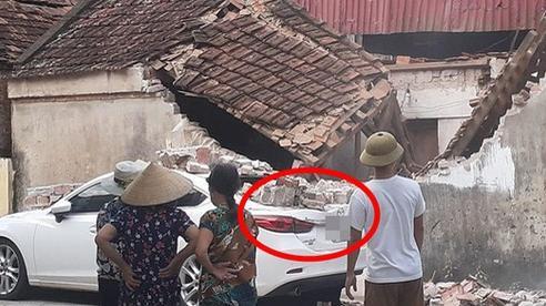 Đỗ ô tô cạnh một ngôi nhà, chủ xe nhận về cái kết 'cực đắng' mà chẳng ai ngờ được
