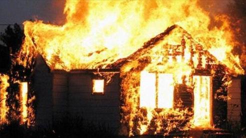 Vụ 'người phụ nữ cùng ông hàng xóm chết trong ngôi nhà bị phóng hoả': Chồng nạn nhân tiết lộ bất ngờ