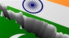 Pakistan bắt giữ quan chức Ấn Độ, New Delhi và Islamabad 'lời qua tiếng lại'
