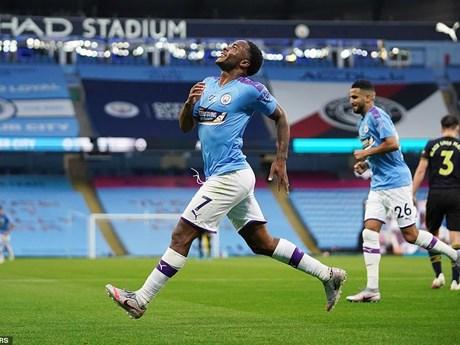 Man City đánh bại Arsenal trong ngày Premier League trở lại