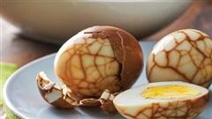 Bé gái 3 tuổi bị ngộ độc vì ăn trứng luộc, bà ngoại hối hận vì cách luộc trứng phản khoa học