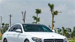 Mua lại Mercedes-Benz E 200 Sport mới chạy 2.000km, đại gia Việt lời tới nửa tỉ đồng