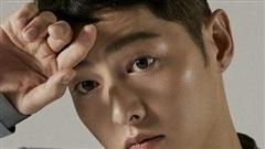 Song Joong Ki tung bộ ảnh mới, hé lộ cuộc sống đời tư
