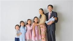 'Mẹ bỉm sữa' nổi tiếng với câu chuyện vừa sinh 5 con vừa tốt nghiệp thạc sĩ Harvard