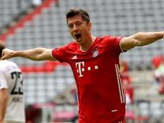 Robert Lewandowski thiết lập nên kỷ lục mới tại Bundesliga