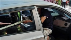 Bắt nghi phạm ngồi ôtô thò súng bắn vỡ hàm đại ca đất Cảng