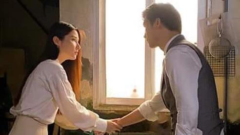 Tình yêu và tham vọng: Lộ cảnh Minh - Linh nắm tay, nhìn nhau 'tóe lửa'