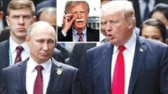 Ông Bolton khuyên ông Trump học hỏi ông Putin điều gì?