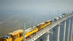 'Quái vật sắt' SLJ900/32 giúp Trung Quốc xây dựng những cây cầu dài nhất thế giới
