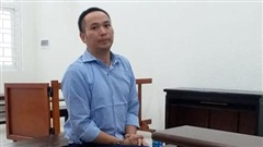 Người đàn ông ở Hà Nội đâm liên tiếp vợ cũ và 'tình địch' vì ghen