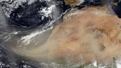 Cận cảnh khối bụi dài 2.400 km từ Sahara bao trùm Caribe