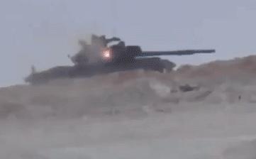 Chuyên gia Nga: Đạn pháo tăng Trung Quốc có thể xuyên giáp trước T-72 Ấn, giải pháp là gì?