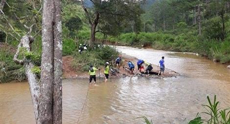 Yêu cầu có biện pháp bảo đảm an toàn sau vụ VĐV marathon bị nước cuốn trôi