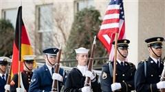 Mỹ rời quân từ Đức sang Ba Lan: Toan tính đồng tiền