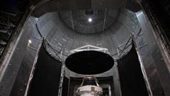 Không muốn dùng đồ Nga sản xuất, NASA mở cuộc thi thiết kế nhà vệ sinh trên mặt trăng