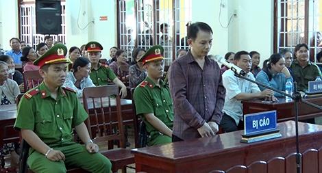 Tuyên phạt 19 năm tù kẻ sát hại vợ cũ