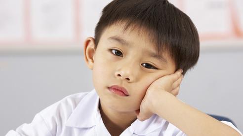 Vào mùa thi, cha mẹ 'phát sốt' vì không giải nổi toán lớp 5 giúp con
