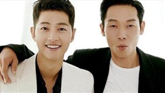 Song Joong Ki đã dành kỳ nghỉ của mình bên người đàn ông này