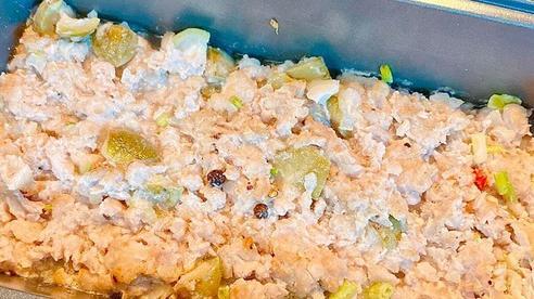 Sấu đang sẵn mà chỉ mỗi nấu canh cũng phí, mạnh dạn kết đôi cùng thịt lợn theo cách này đảm bảo cả nồi cơm cũng 'đánh bay'