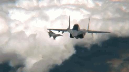 Tin sốc về một cuộc chiến khốc liệt hơn cả Syria sắp nổ ra: Vũ khí hiện đại Nga-Mỹ đối đầu